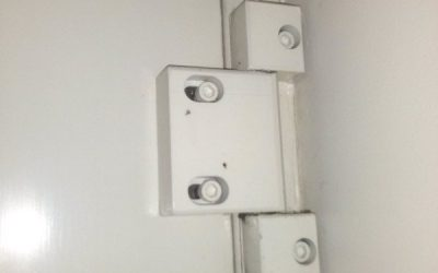 Door hinge repairs Brisbane