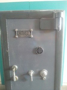 CHUBB SAFES JEWELLERS GRADE GOLD BULLION SAFE
