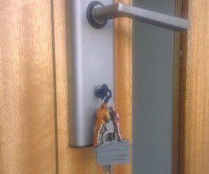 Emergency Locksmith Brisbane – kids have locked the door!