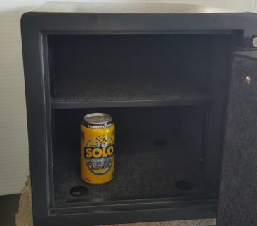 Also has shelf and 4 bolt down holes !