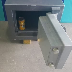 Second hand pistol safe