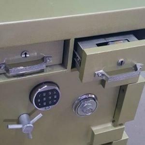High grade 2nd hand safe – deposit drawer safe
