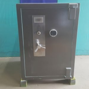 Second hand CMI safe for sale Brisbane